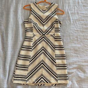 H & M Geometric patterned dress